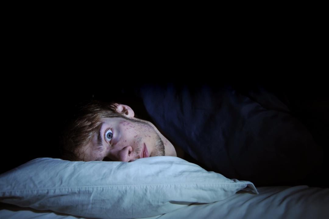 ما المقصود بالعين الأرنبية؟.. مخاطر صحية متعددة للنوم بعينين مفتوحتين