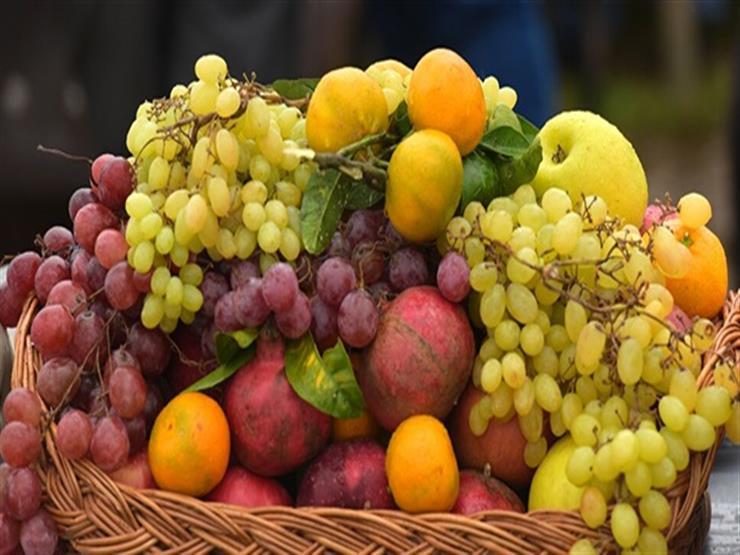 الغرفة التجارية: انخفاض أسعار الفاكهة بنسبة 30% وزيادة كميات المانجو في الأسواق
