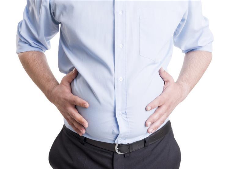 انتفاخ البطن وزيادة الوزن معًا.. 8 أسباب مرضية وراء تلك المشكلة