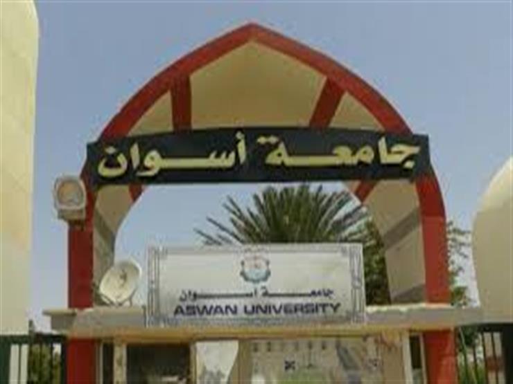 جامعة أسوان تستقبل طلاب تنسيق المرحلة الأولى بمركز المعلومات