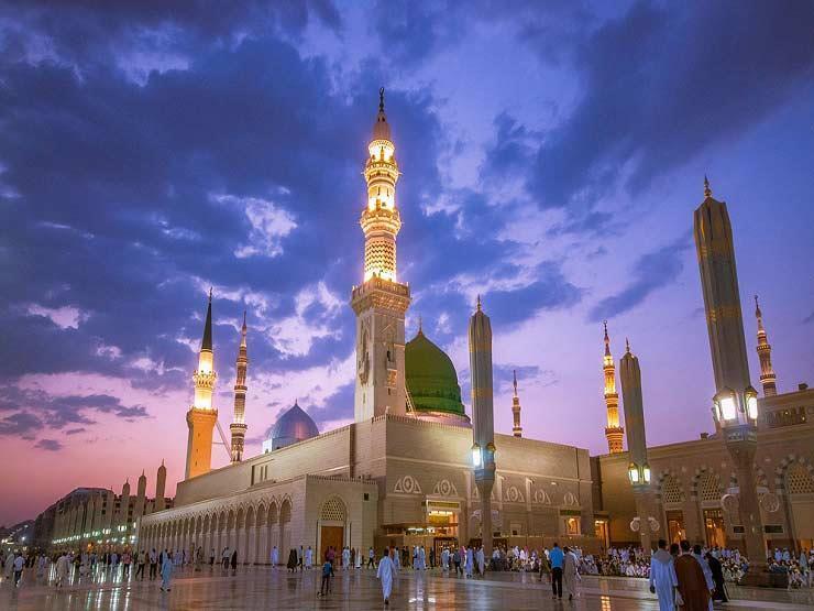 """""""المسجد والروضة وقبره الشريف"""".. الأزهر للفتوى يعرض 3 مشاهد مقدسة في الأراضي المباركة"""