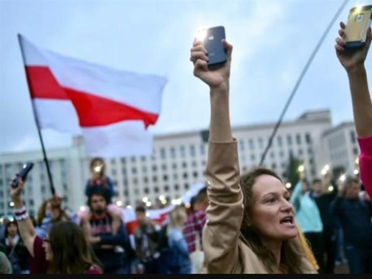 اعتقالات واشتباكات بين الشرطة ومتظاهرين في بيلاروسيا