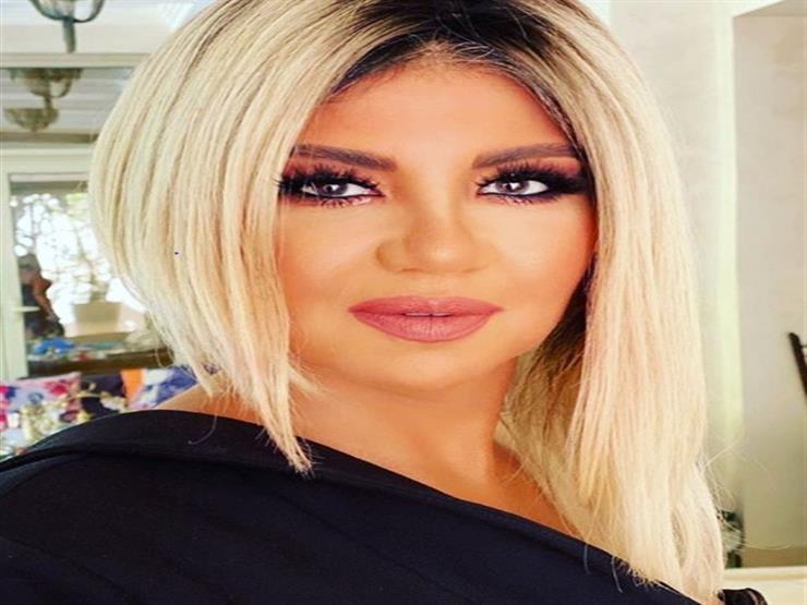 السقا وحلمي ومنى زكي.. بوسي شلبي تنشر صورة مع نجوم الفن