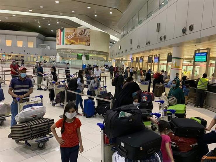 """""""شركات السياحة"""" تطالب بتحليل """"PCR"""" مدعم في مطارات شرم والغردقة"""