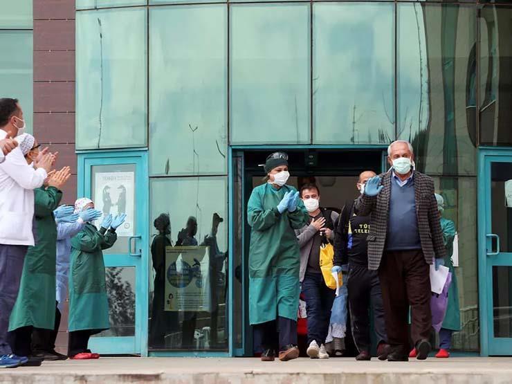 تركيا تعلن إجراءات أشد صرامة لوقف انتشار كورونا