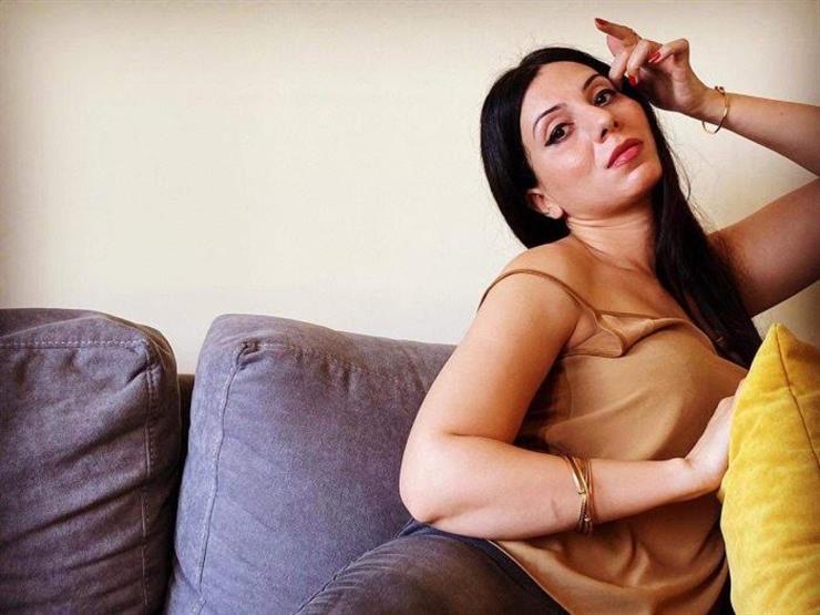 """مي شاهين زوجة غيورة في مسلسل """"شارع 9"""""""