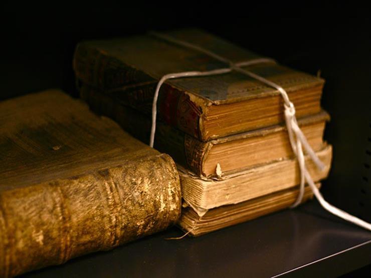 """في ذكرى وفاة صاحبه.. تعرف على كتاب """"المستدرك على الصحيحين"""" ومآخذ العلماء عليه"""