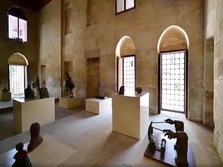 """""""بنات النيل"""".. منحوتات تحكي تاريخ المرأة في معرض فني"""