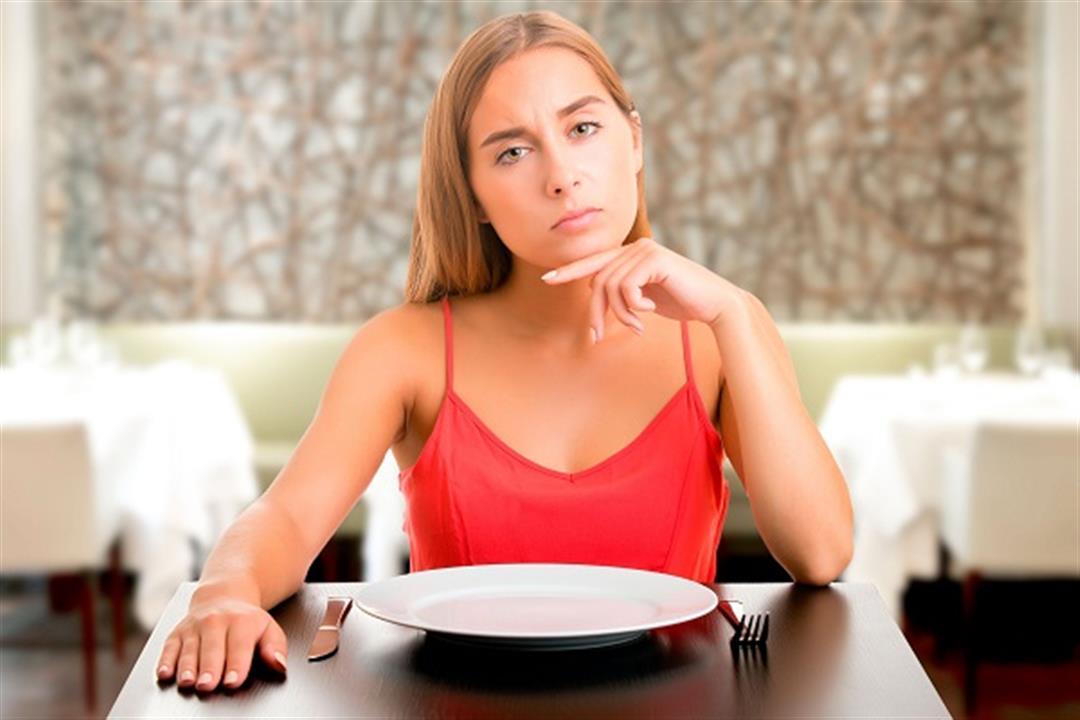 تدمر الصحة.. أطعمة ومشروبات محظورة على السيدات بعد سن الأربعين