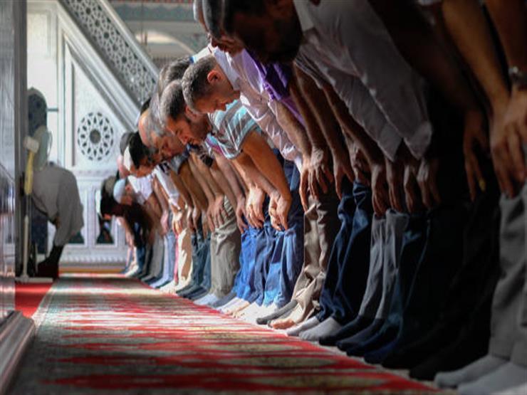 """ماذا يفعل الإمام إذا انتقض وضوؤه؟.. تعرف على رد """"البحوث الإسلامية"""""""