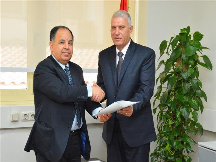 وزير المالية يصدر قرارا بتجديد ندب السيد كمال نجم رئيسا لمصلحة الجمارك