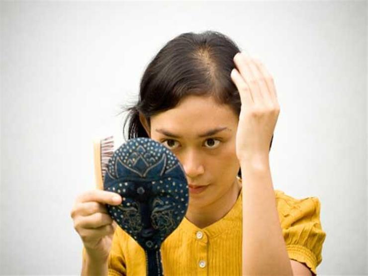 للحامل.. تعرفي على الأسباب الحقيقية لفقدان الشعر بعد الولادة