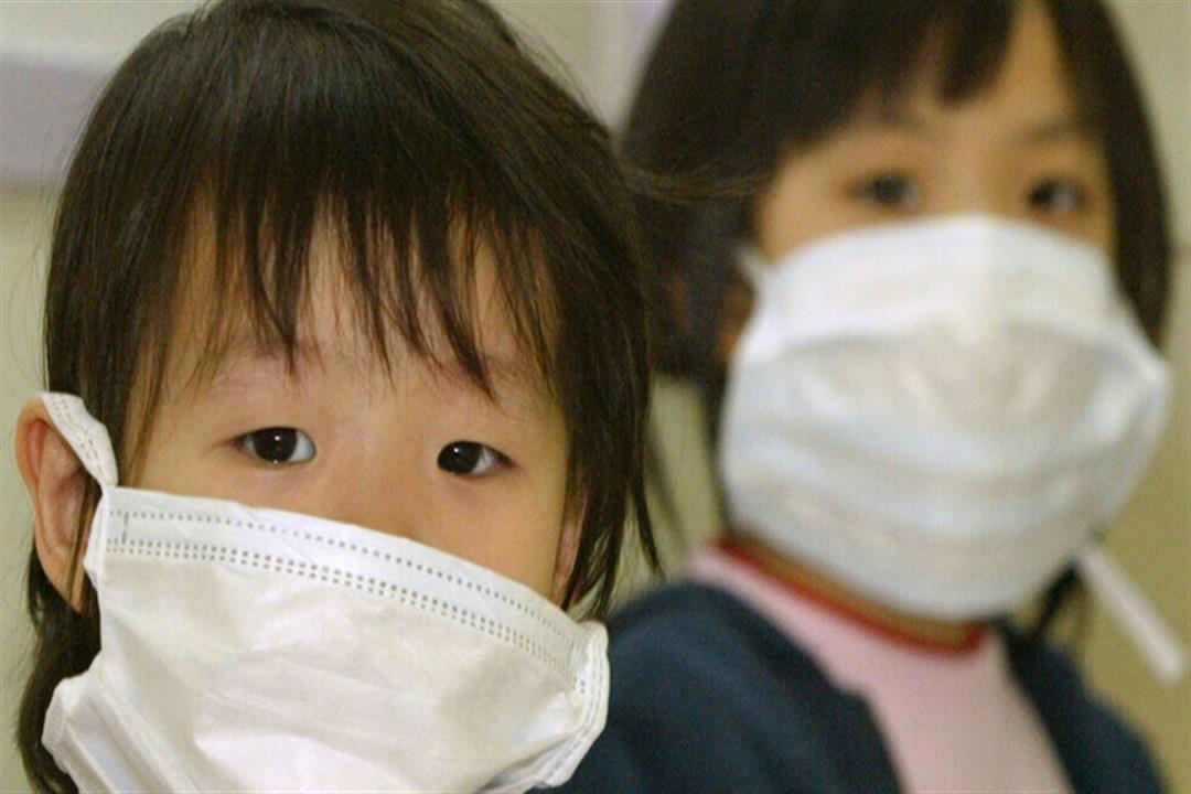 دراسة: آلام البطن علامة على إصابة الأطفال بفيروس كورونا