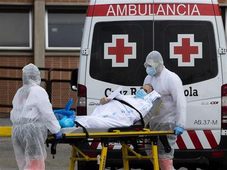 """رغم تراجع إصابات كورونا.. الصحة العالمية تحذر: """"النيران لم تخمد بعد"""""""