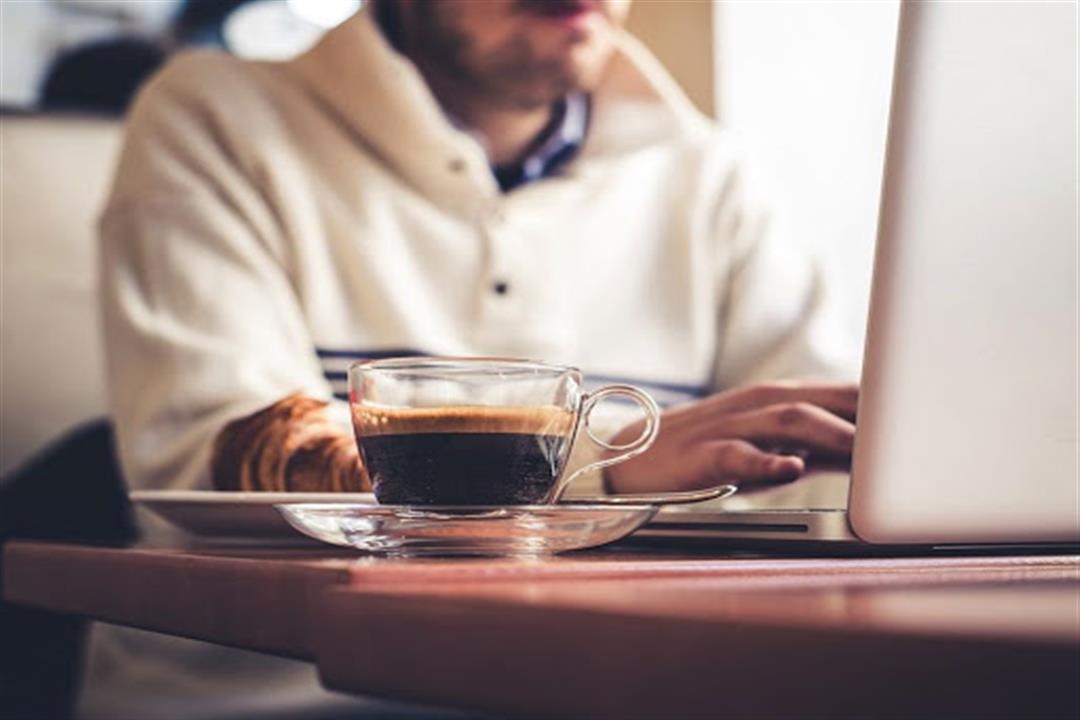 5 نصائح لتقليل تناول القهوة.. تجنبك أضرارها
