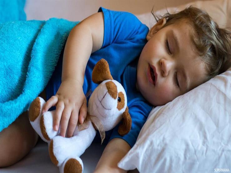 هذا ما يحدث للأطفال إذا تنفسوا من أفواههم.. احذروا خطورته