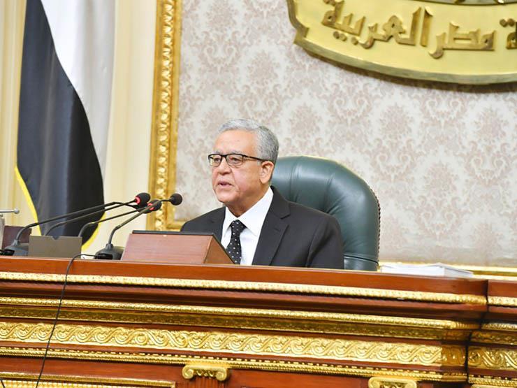 """لا تعطوا الأمان لـ""""كورونا"""".. رئيس البرلمان يحذر النواب من المصافحة"""