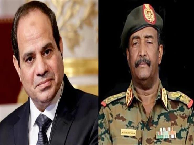 السيسي يبحث هاتفيًا مع رئيس المجلس الانتقالي السوداني جوانب التعاون الثنائي
