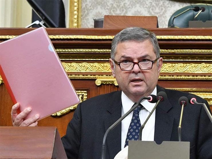 الثالث خلال أسبوعين.. استجواب جديد لرئيس البرلمان ضد وزير قطاع الأعمال