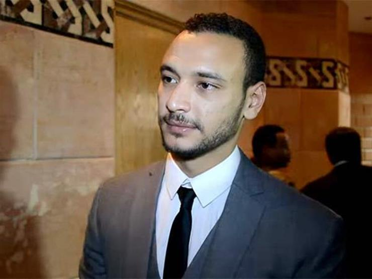 """أحمد خالد صالح: """"كنت عايز أبقى طيار ووالدي قالي ضاحكا هتطلع سواق"""""""