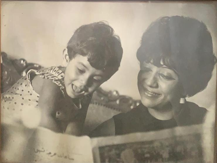 أول تعليق من ابنة أبوبكر عزت بعد وفاة والدتها الكاتبة كوثر هيكل