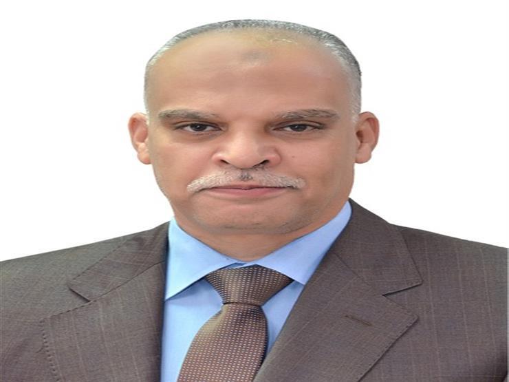 """وفاة رئيس شركة """"مصر للطيران للصيانة"""" أثناء العمل بمطار القاهرة"""