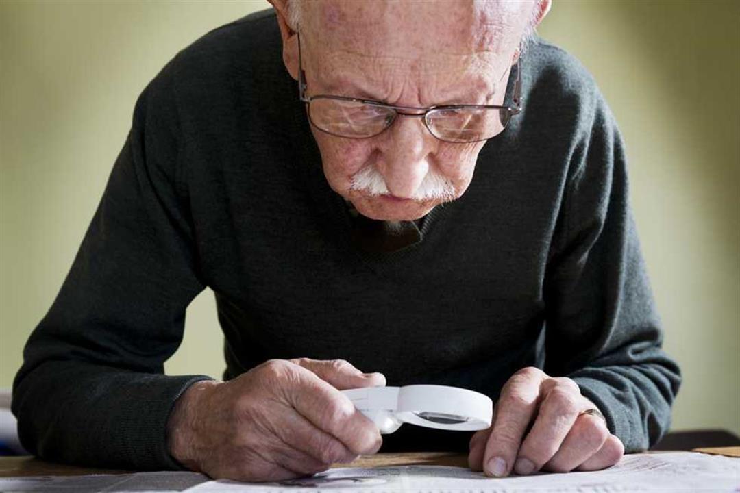 بعد 15 سنة من البحث.. اكتشاف سبب غير متوقع يصيب كبار السن بالعمى