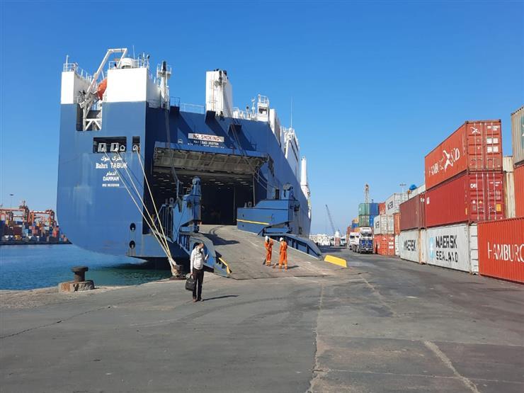 56 سفينة.. تداول 100 ألف طن بضائع إستراتيجية في ميناء الإسكندرية