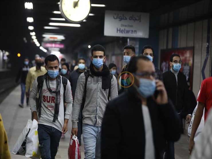 طبيب بقصر العيني: ارتداء الكمامة أكثر من 6 ساعات يزيد فرص الإصابة بكورونا