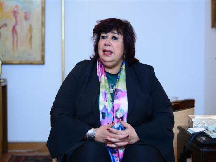 """وزيرة الثقافة تشهد العرض المسرحي """"ريسايكل"""" (صور)"""