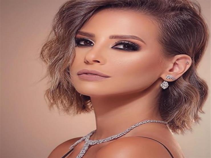 إيمان العاصي توجه رسالة للفنانة دلال عبد العزيز
