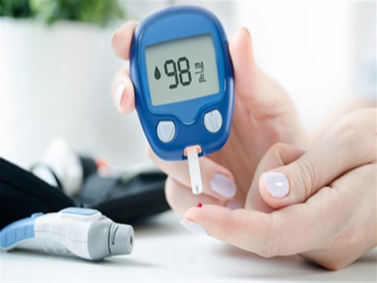 ما أفضل طريقة طبيعية لضبط نسبة السكر؟.. خبيرة تغذية تكشف