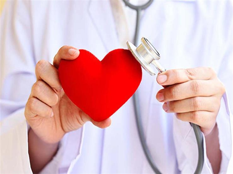 افحص الضغط.. 5 عادات يجب القيام بها للحفاظ على صحة قلبك thumbnail