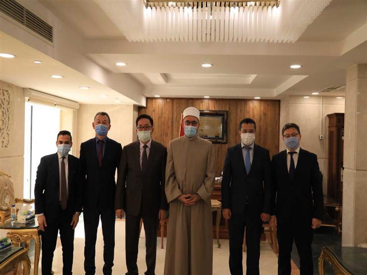 أمين البحوث الإسلامية يبحث مع سفير كازاخستان التبادل الثقافي والعلمي