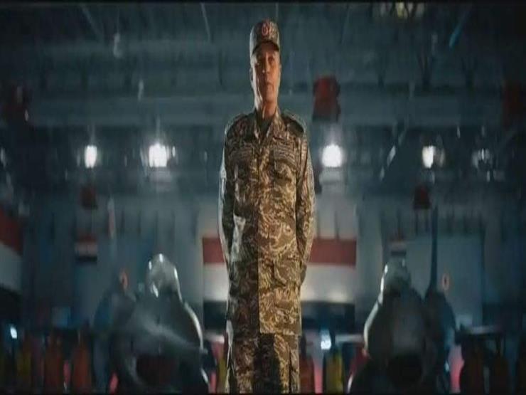 """أحمد نادر جلال: شريف منير يجسد شخصية قائد القوات الجوية في فيلم """"السرب"""""""