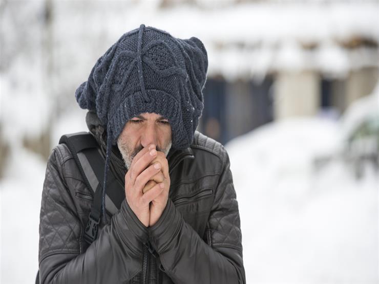 دراسة تفسر عدم شعور بعض الأشخاص بالبرد مع انخفاض درجات الحرارة