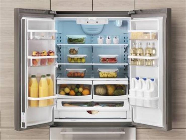 تحذير من ترك الأطعمة المعلبة مفتوحة في الثلاجة
