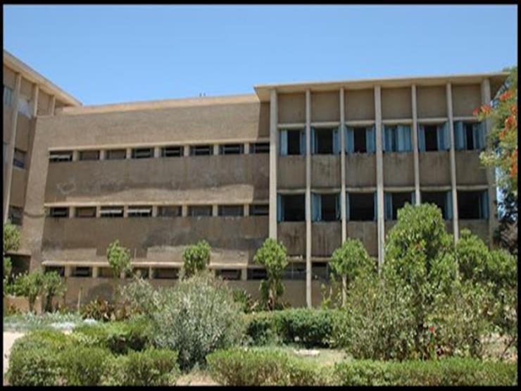مدير مستشفى الصدر بسوهاج: تناقص أعداد المصابين بكورونا ونسبة الشفاء مرتفعة