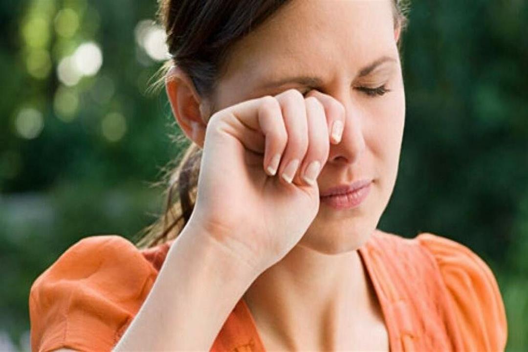 كيف تكشف إفرازات العين عن صحة جسمك؟.. إليك 4 أنواع منها