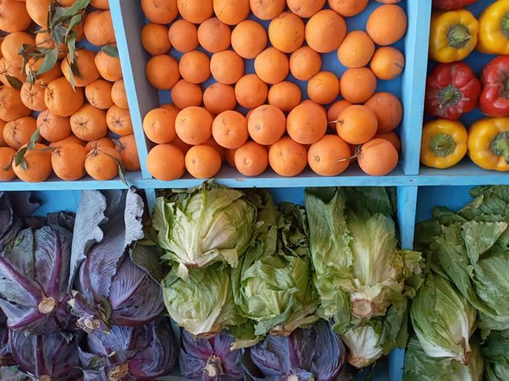 تراجع أسعار الخضروات بسوق العبور في تعاملات الخميس