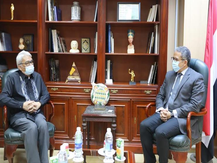 وزير الآثار يلتقي سفيري إسبانيا والفلبين لبحث تعزيز التعاون المشترك