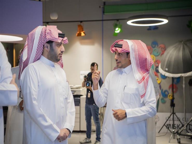 """تركي آل الشيخ يزور شركة """"مانجا"""" التابعة لمؤسسة """"مسك"""".. ويعلق: """"رائعة ومُذهلة"""""""