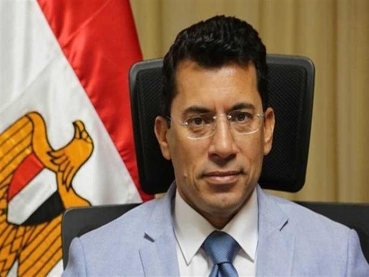 وزير الشباب والرياضة يتعرض لحادث مروري.. والوزارة تكشف تفاصيل حالته الصحية