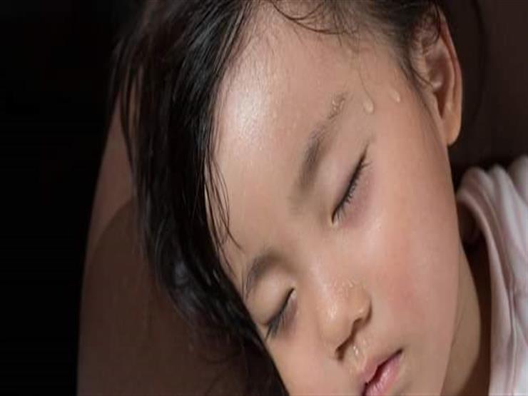 ما أسباب وعلاج فرط التعرق لدى الأطفال؟