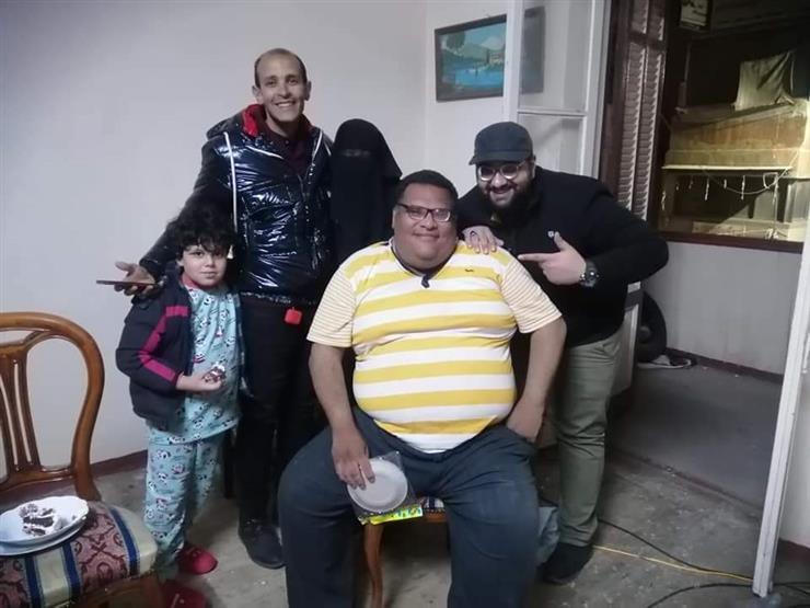 """""""خايف أموت لوحدي"""".. حكاية """"ميزو"""" الذي أنقذه """"فيسبوك"""" من الانتحار في بورسعيد- صور"""