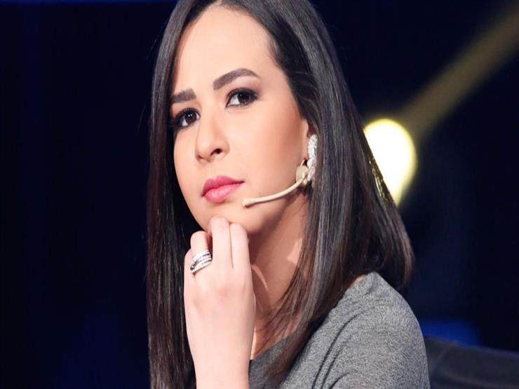 بعد نشر صورها مع والدها ووالدتها.. رسائل النجوم لإيمي سمير غانم