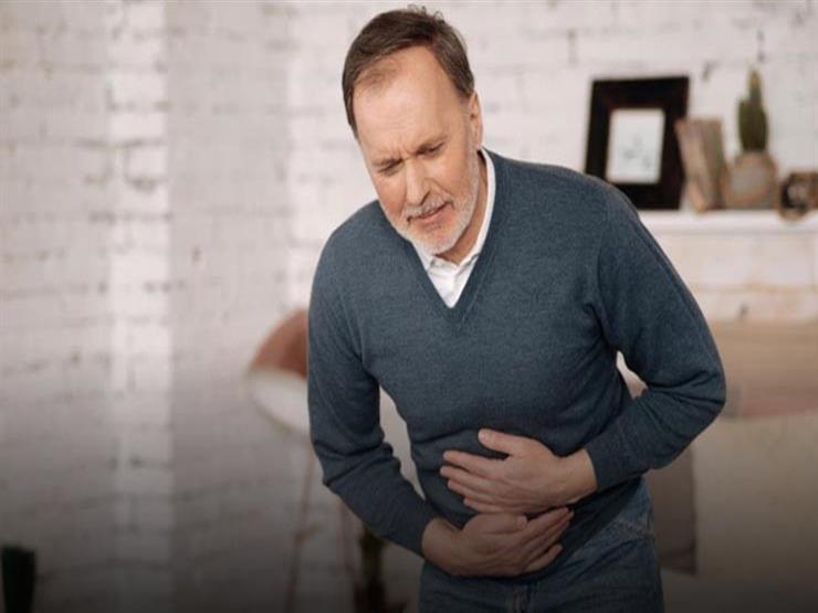 5 مشكلات بالجهاز الهضمي تسبب آلام بعد الأكل