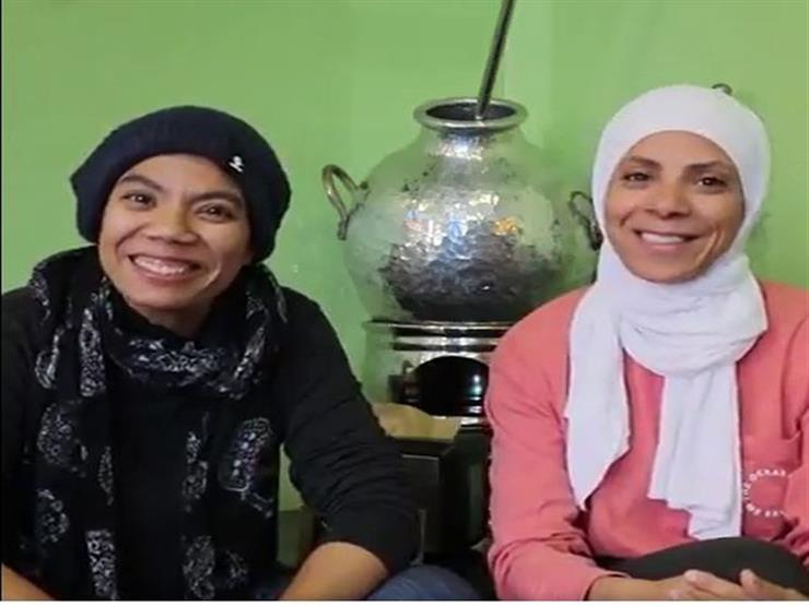 """""""كشري ومسقعة"""" في لاس فيجاس.. كيف نقلت آية وإيمان المطبخ المصري لأمريكا؟"""