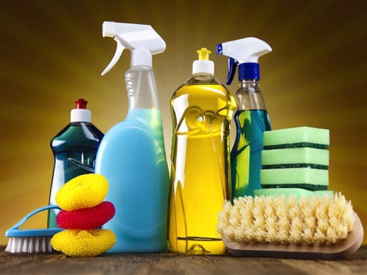 7 أشياء غير تقليدية يمكن استخدامها في تنظيف المنزل