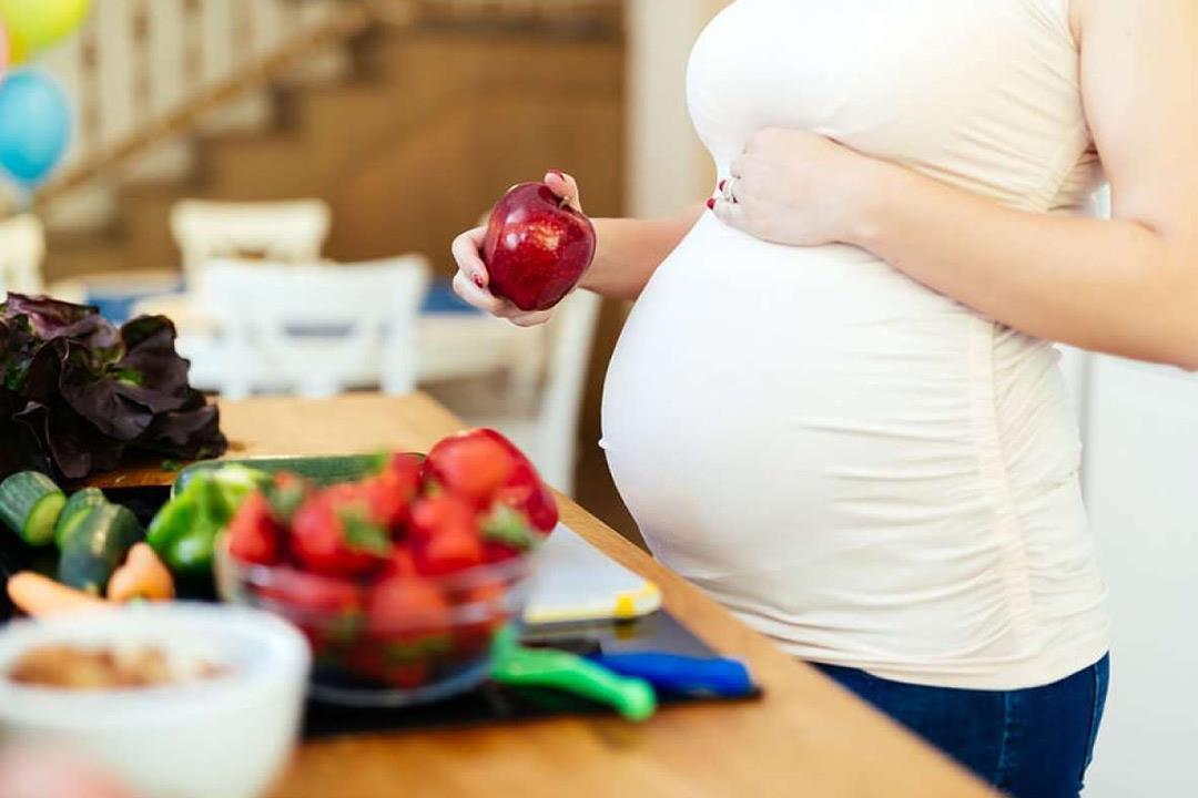 لا تتناوليها أثناء الحمل.. 6 أطعمة تسبب الإجهاض (صور)